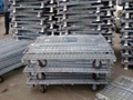 Folding rigid wire mesh pallet cage  4