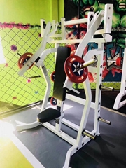 Plate Loaded ISO Lateral Incline Press Hammer Strength Commercial Fitness Gym Eq