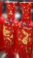 中国红陶瓷花瓶