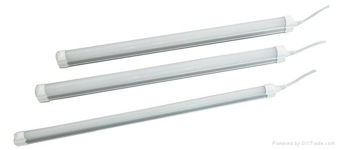 LED T5 Tube Light 1
