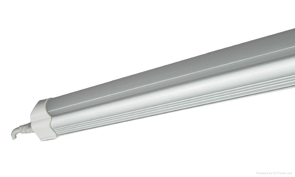 LED T5 Tube Light 2