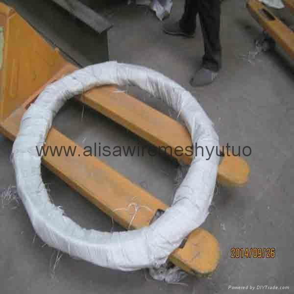 bto-22, 450mm epoxy and ga  anized razor wire for sale 2