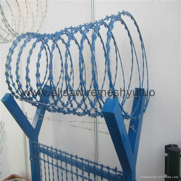 Epoxy Concertina Barbed Tapes razor barbed wire  2