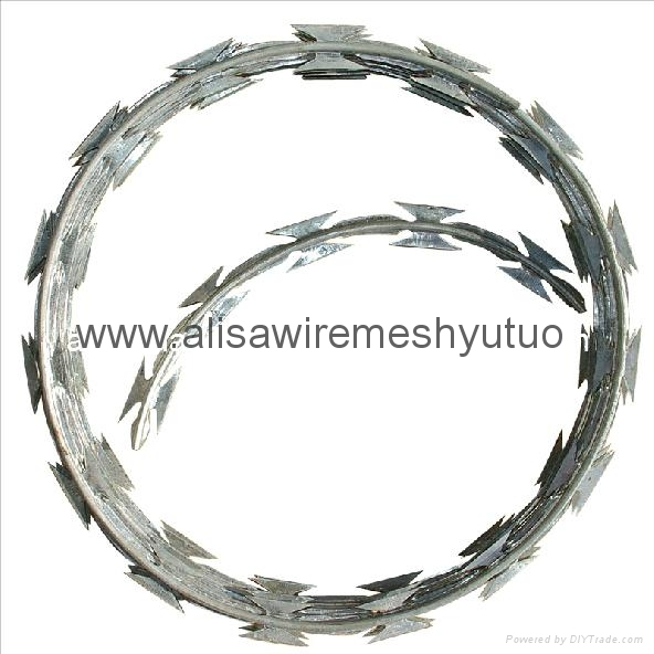 450mm/600mm/900mm/1050mm Hot Dipped Ga  anized Concertina Razor Barbed Wire for