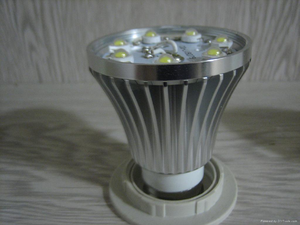 LED 球泡 4