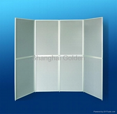 Foldable panel