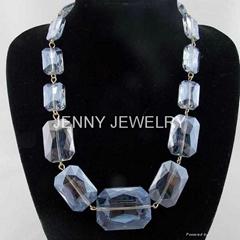 big imitation diamon   lass bead necklace statement