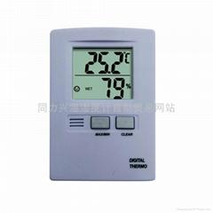 小型便携式室内温湿度表
