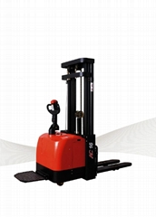 Triplex Masts Electric Stacker CDD16-950