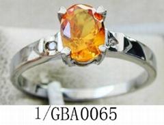 女士不锈钢镶宝石戒指