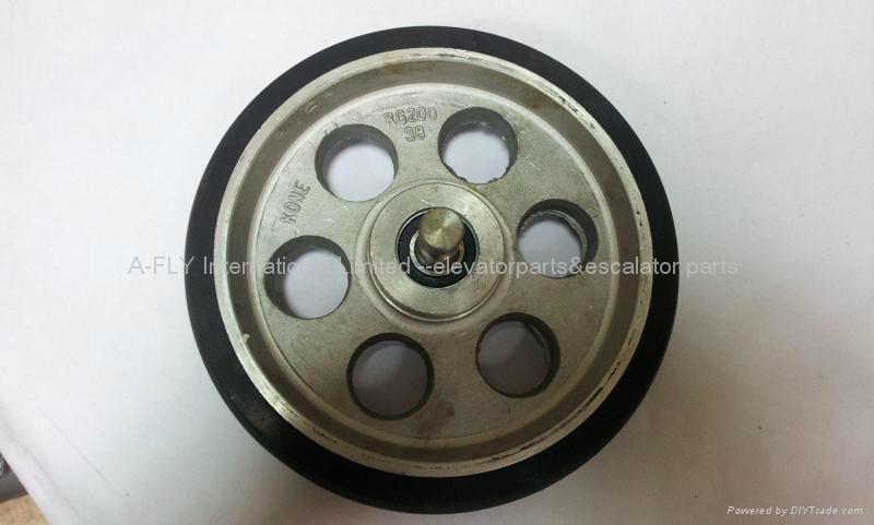 KM168962G01 Elevator Guide Roller D200*38*6003RZ