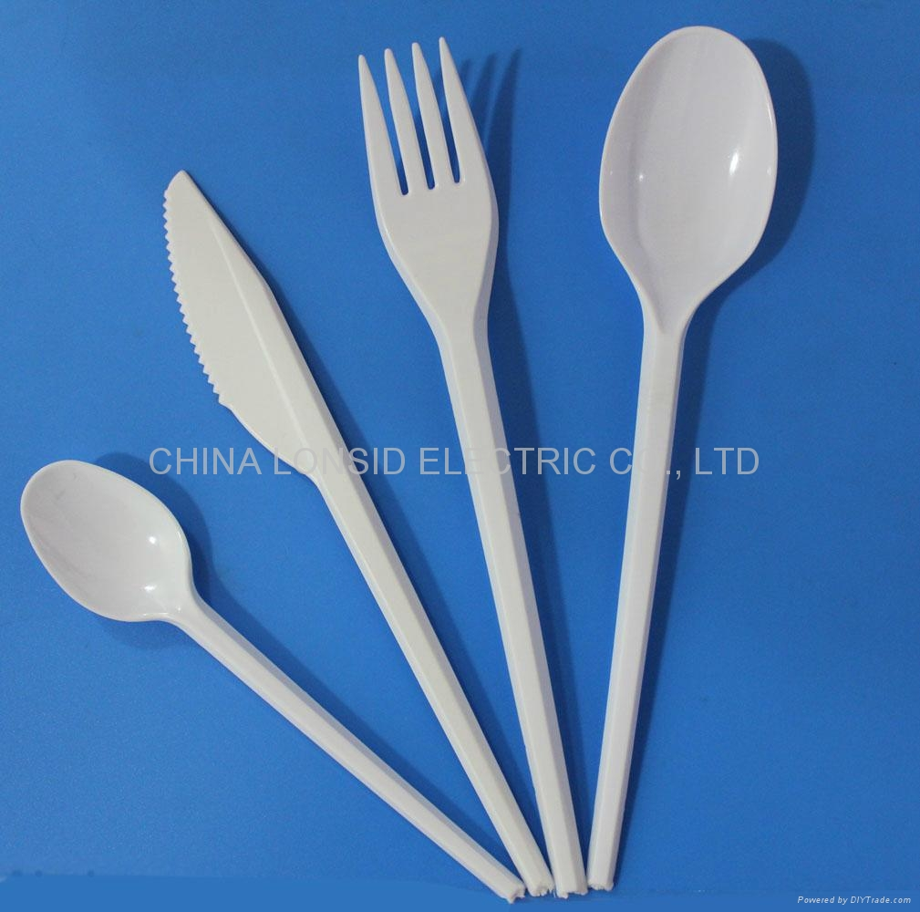 Stackable one-time use plastic cutlery-PS forks, spoons, knives and coffee spoons