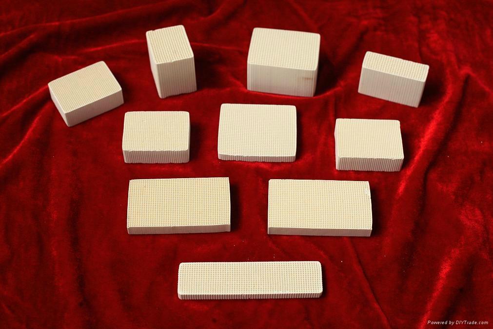元創蜂窩陶瓷催化劑載體 2