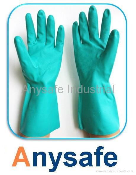 Flocklined nitrile glove 1
