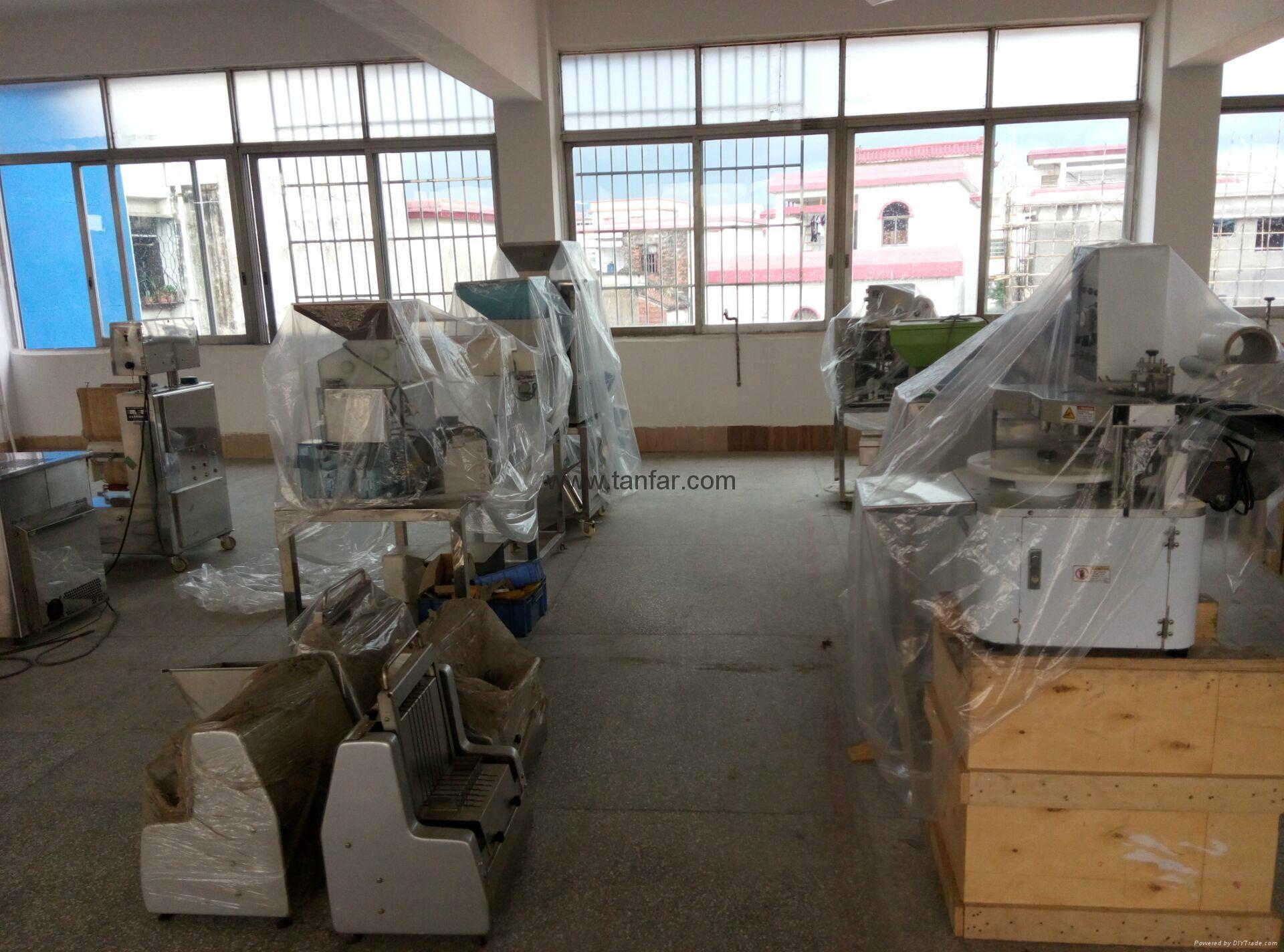 TANFAR Automatic Sushi Rice Ball Forming Machine TF-1002 19