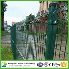 green pvc coated welded wire mesh fence panels(China supplier)