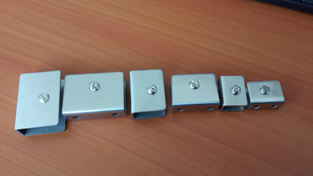 aluminium glass clip 5