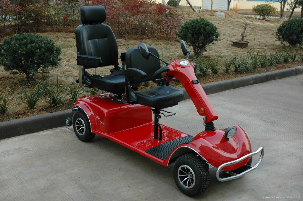 Mobility scooter with two seat 3