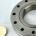 Crossed roller slewing bearing sealed on both sides XV40