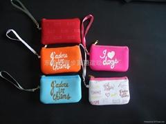 neoprene purse