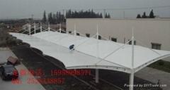 大型停車遮陽棚