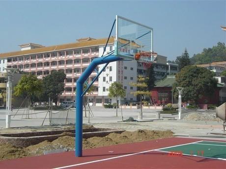 埋地三节钢化透明玻璃篮球架 1