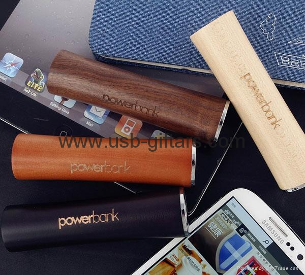 OEM Customized  2600mAh portable powerbank 18650 battery charger 3