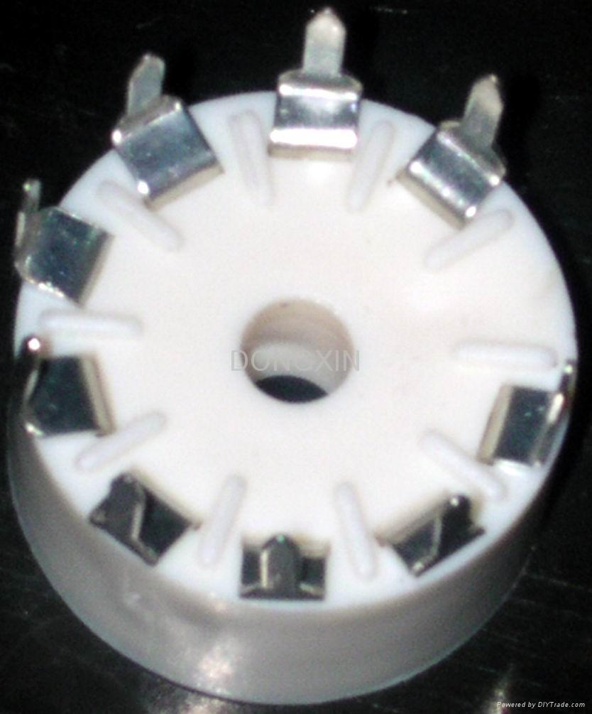 GZS9-Y(GZS9-Y-G)型塑料九脚管座 1