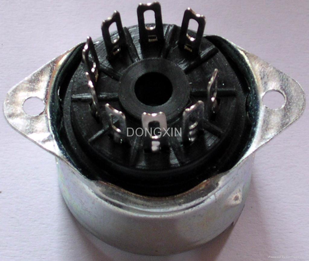 PCP9-1型铁壳胶木九脚管座 1