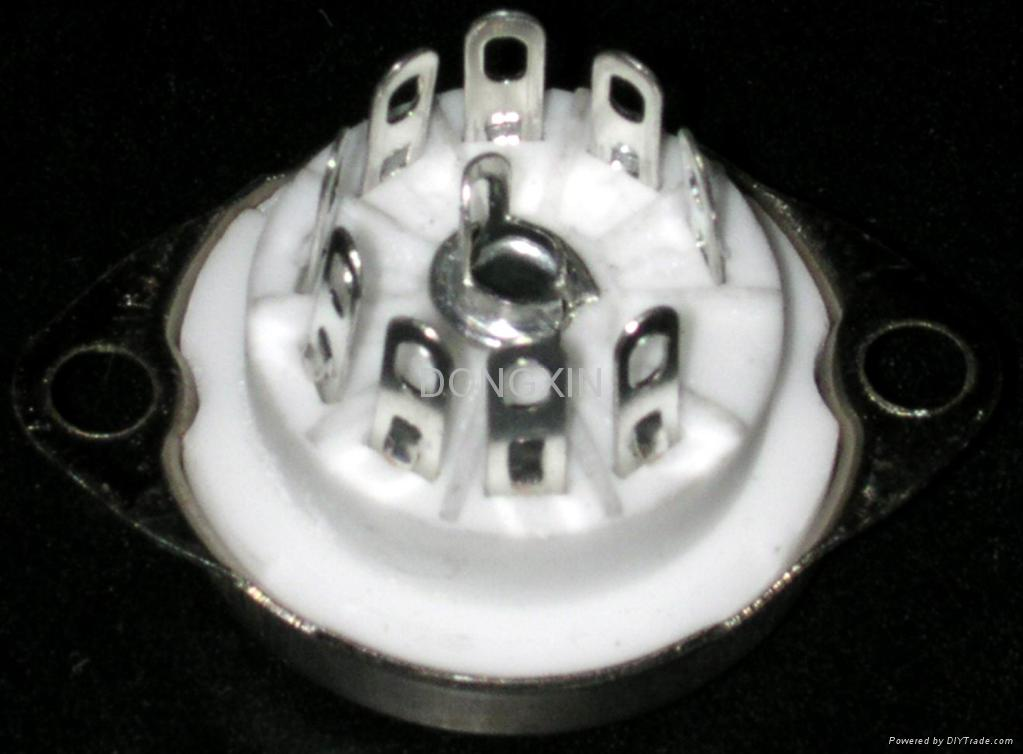 GZC9-C-1(GZC9-C-1-G)型瓷质小九脚管座 1