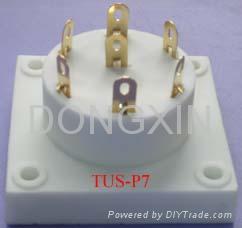 TUS-P7(TUS-P7-G)型瓷质七脚管座 3