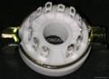 GZC12-F-1型瓷质十二脚管座 2