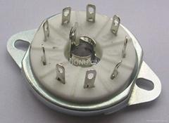 GZC9-L型九腳鎖式陶瓷管座