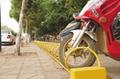新恒安碳素钢螺旋式自行车停车架