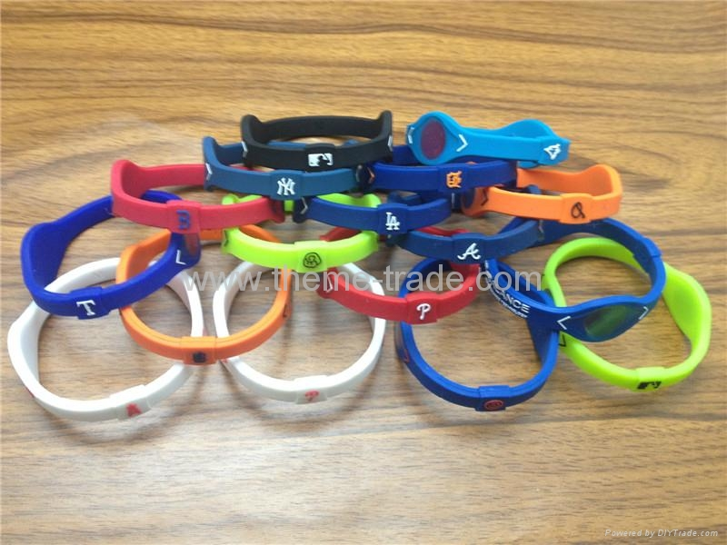 Power Balance Silicone MLB Team Bands Wrisband with retail box 4