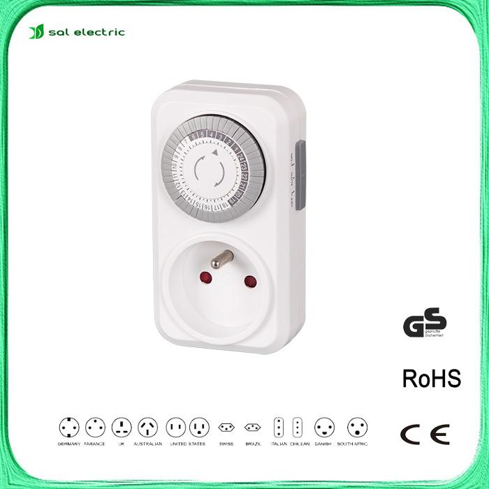 France plug and socket with 24 hour timer 1