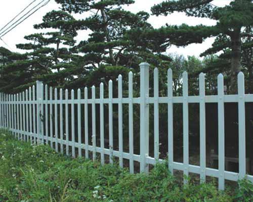 四川成都草坪塑胶栏杆 2