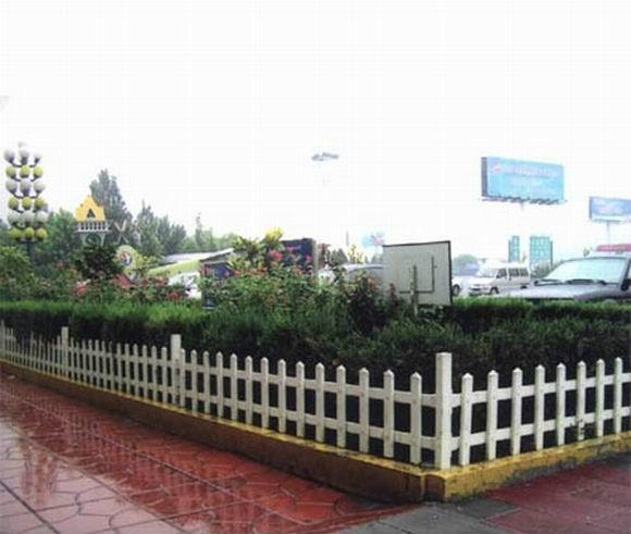 成都崇州PVC护栏塑钢围栏 3