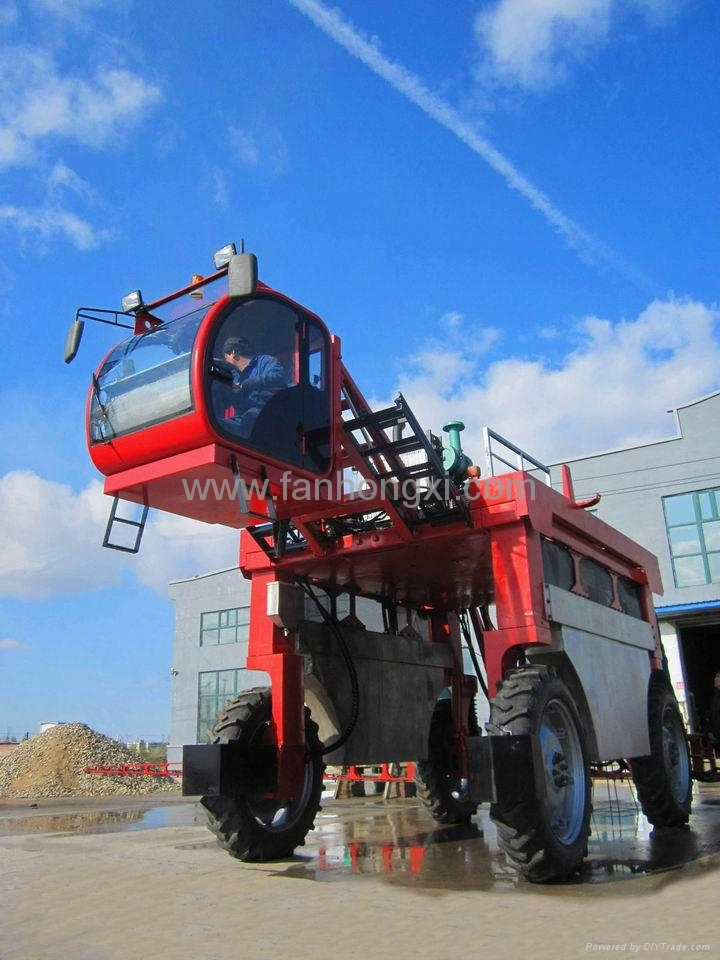 High clearance self propelled type boom sprayer 3WZ-2000A