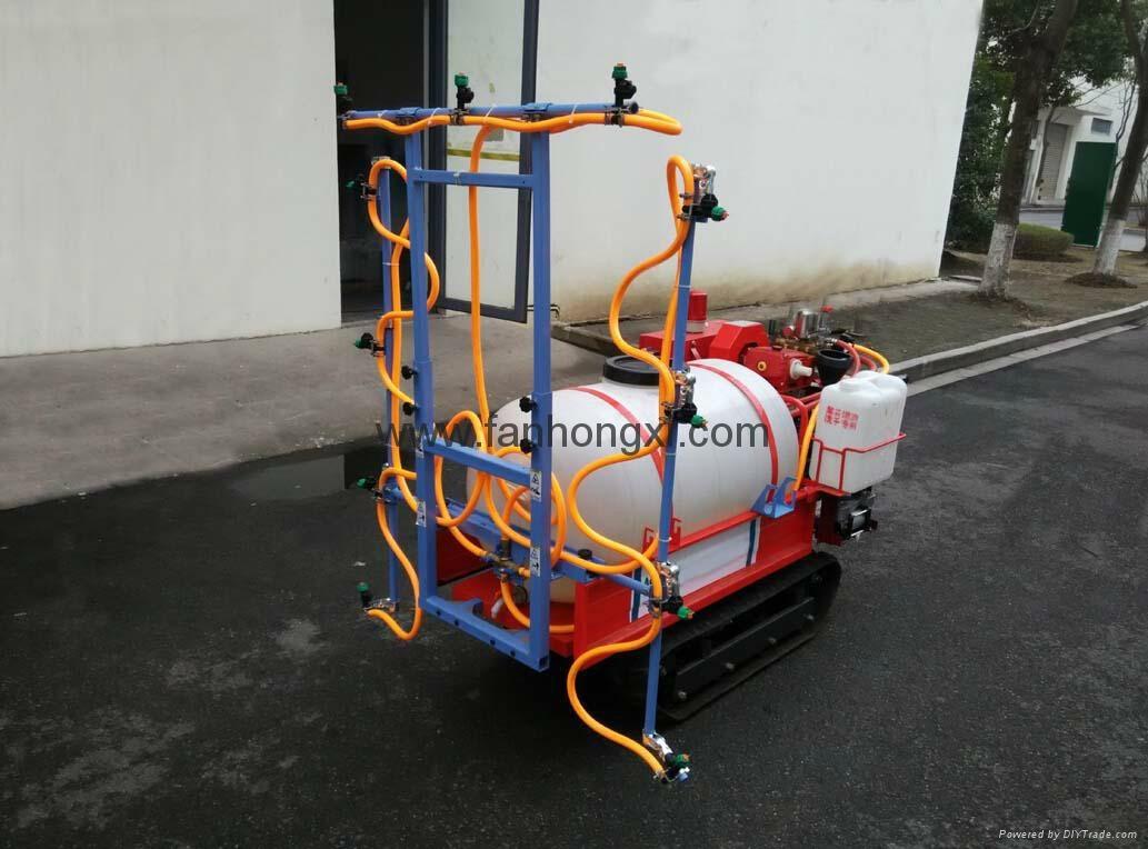 Self-propelled boom sprayer 5