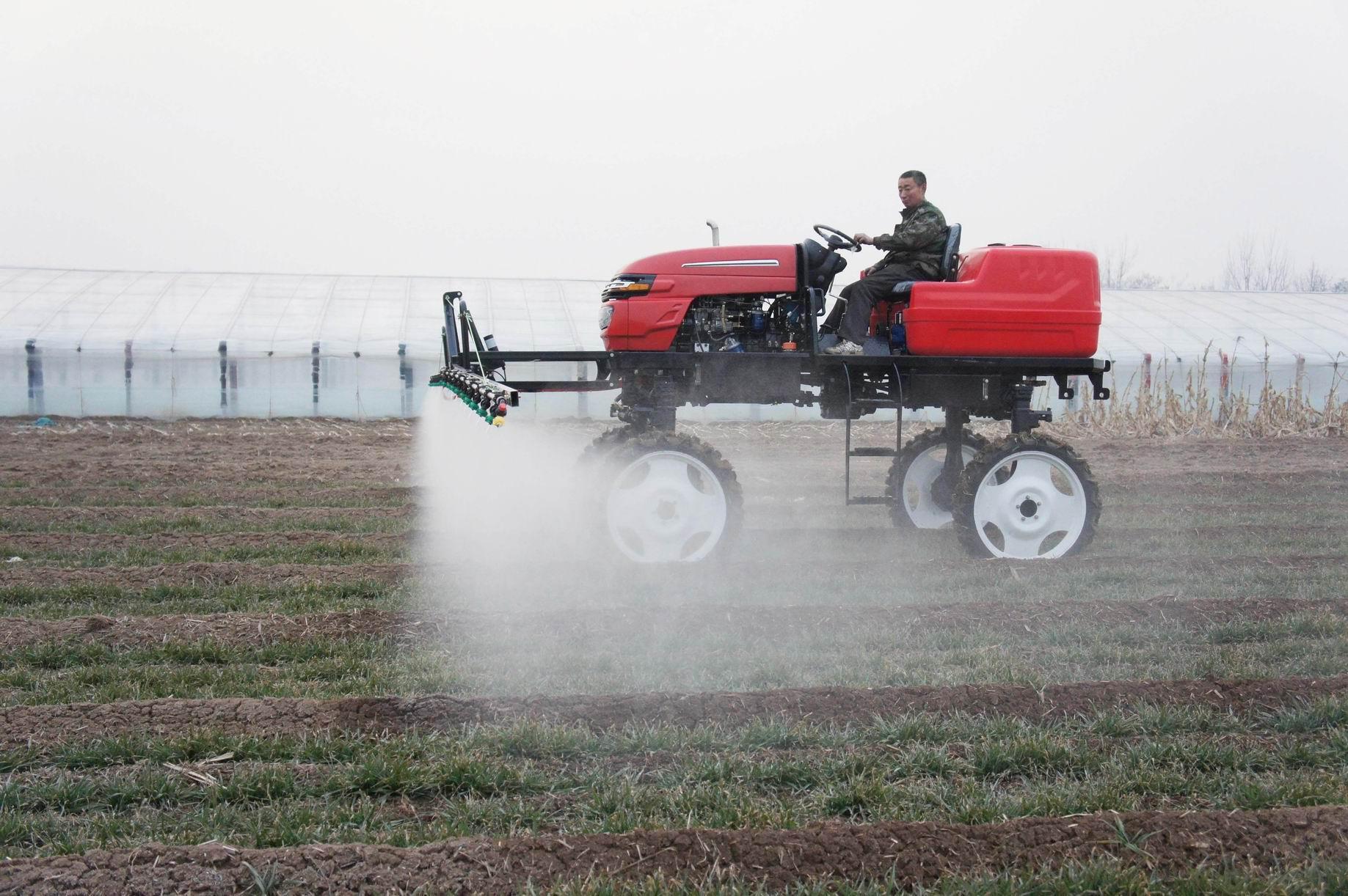 Self-propelled spray boom sprayer 3 WPZ - 700 3