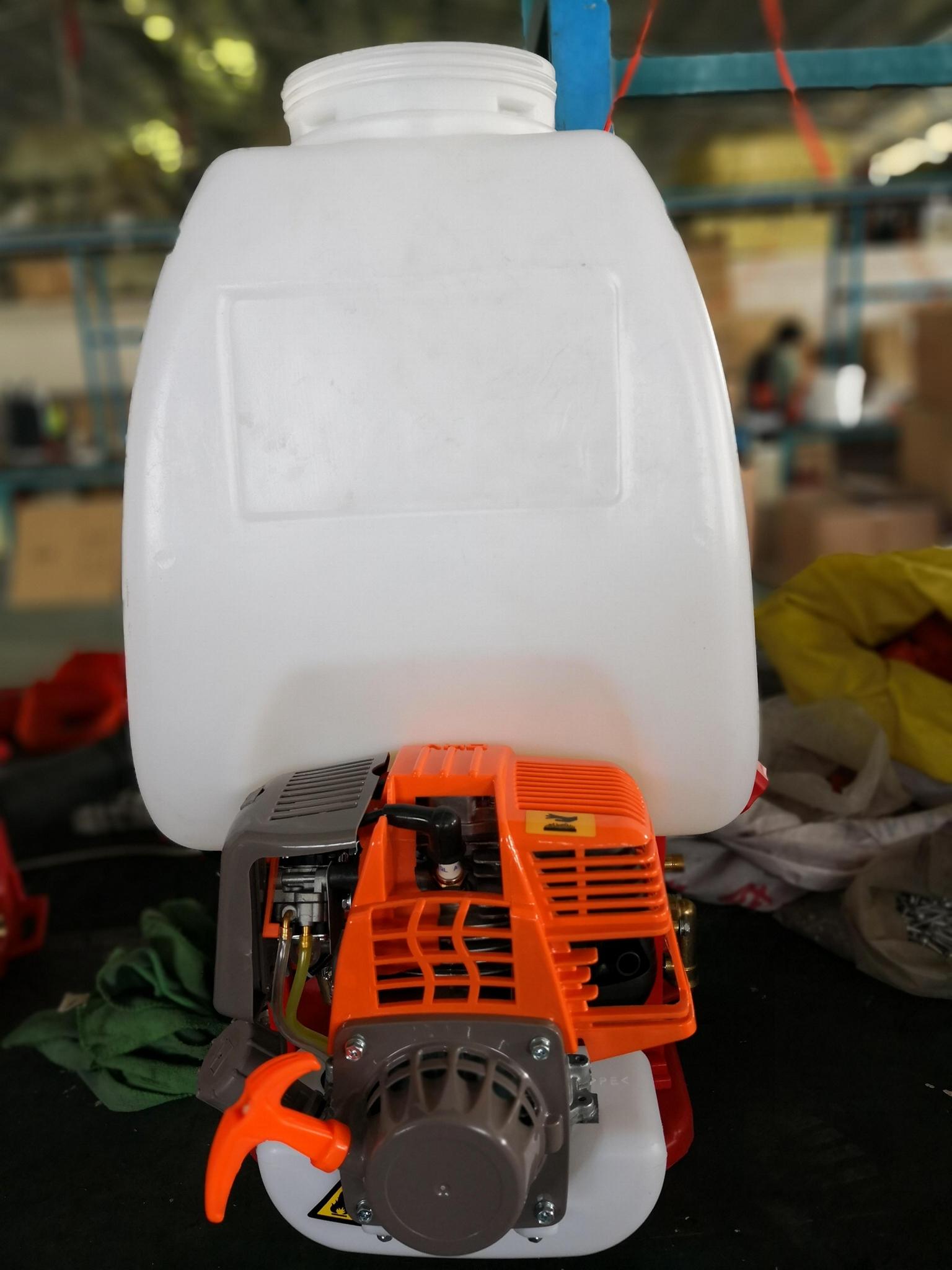 knapsack power sprayer 5