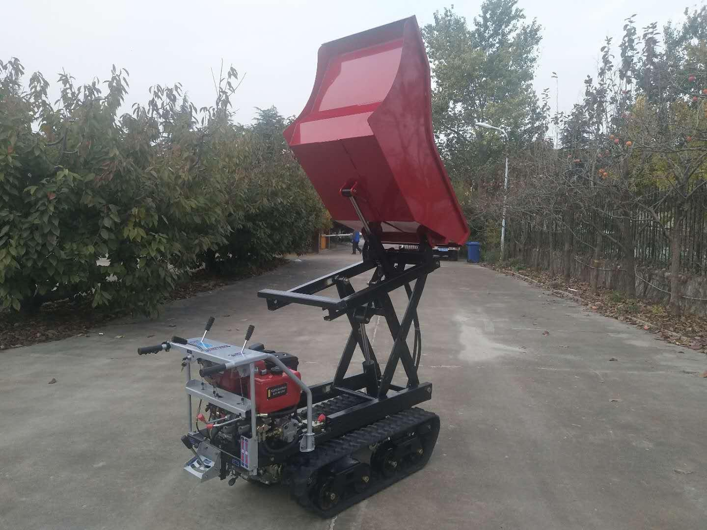 Crawler type dumper with lift container, Hydraulic Scissor lifter 13