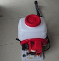 Two stroke backpack wind and water fire-extinguisher