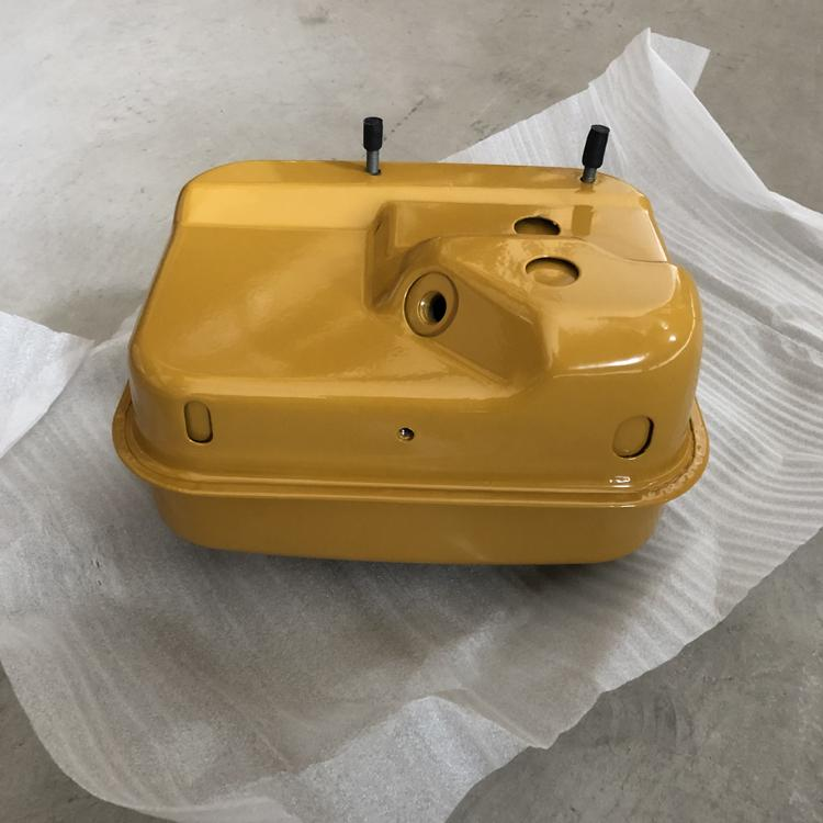 Engine EX17 Fuel tank 4