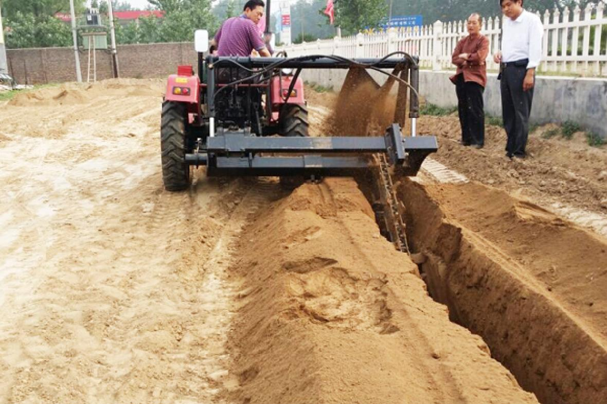 農用拖拉機帶動開溝回填機 5