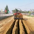 农用拖拉机带动开沟回填机 6