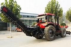 农用拖拉机带动开沟回填机