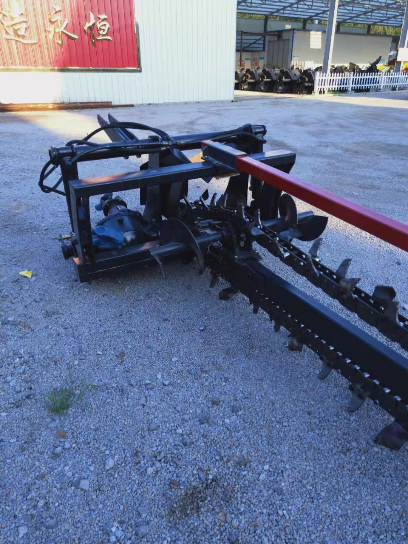 农用拖拉机带动开沟回填机 15