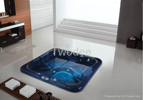 Spa tub 1